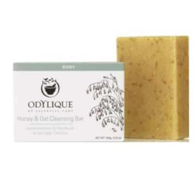 Odylique by Essential Care organiczne nawilżające mydło peelingujące w kostce Miód i Płatki Owsiane 100g